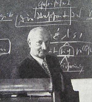 Heidegger_portrait