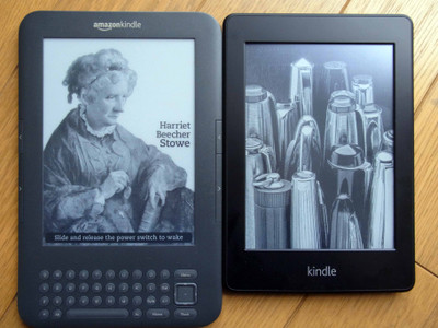 Kindle_paperwhite_and_3