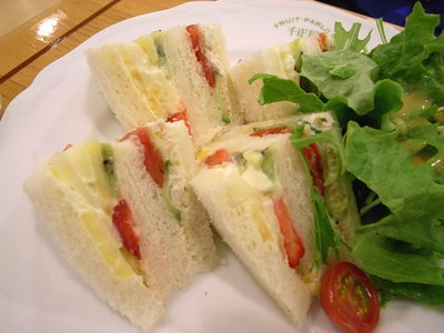 senbikiya_fruit_sandwich