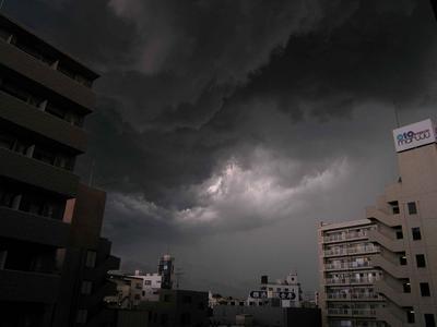 yokohama_storm.JPG